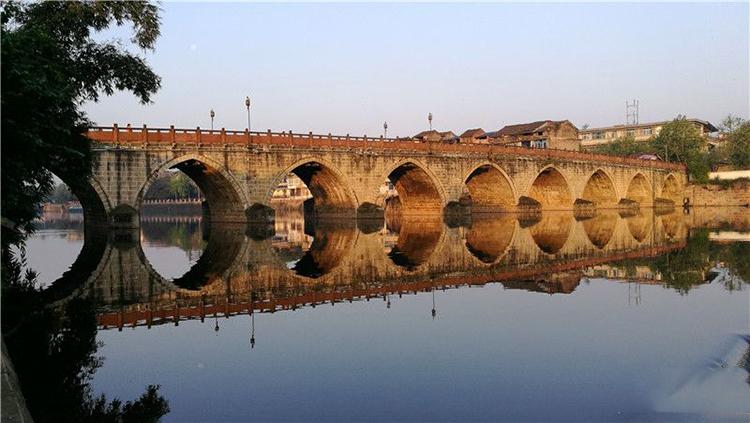 蒲江驭虹桥:跨越两百年沧桑