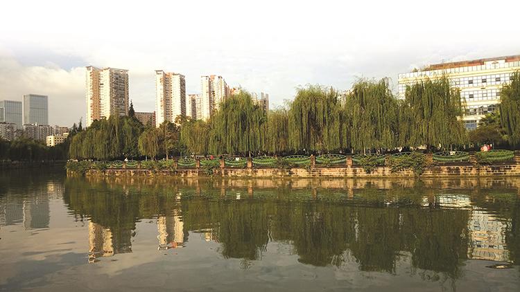 两任蜀王笔下的锦城十景
